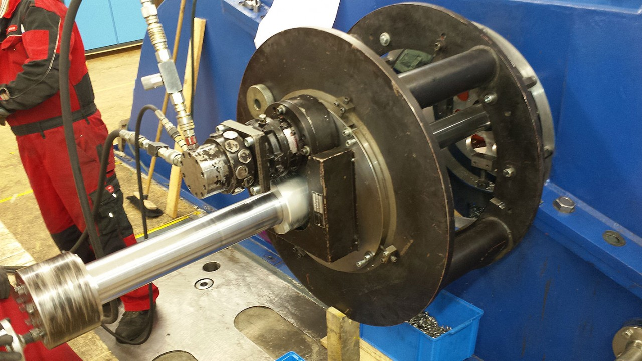 BG 724 - Ausspindeln Wasserturbinengehaeuse - Ø 660 mm - Ø 750 mm