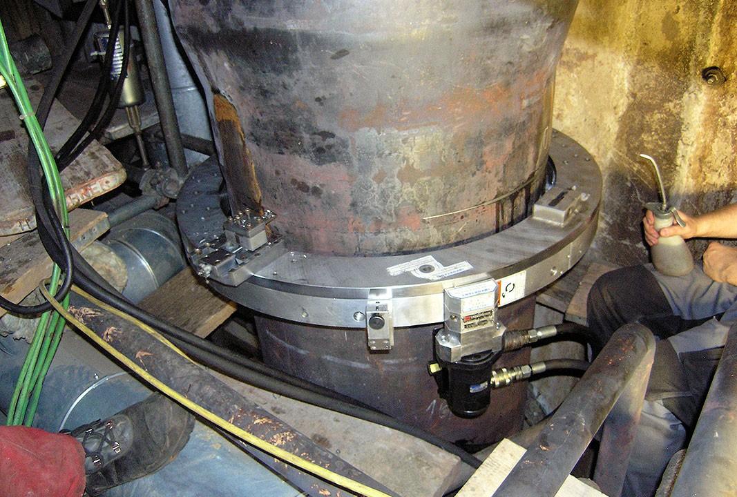 Rohrtrennen mobil - Ø außen 600 mm x 25 mm Wanddicke - Trennvorgang