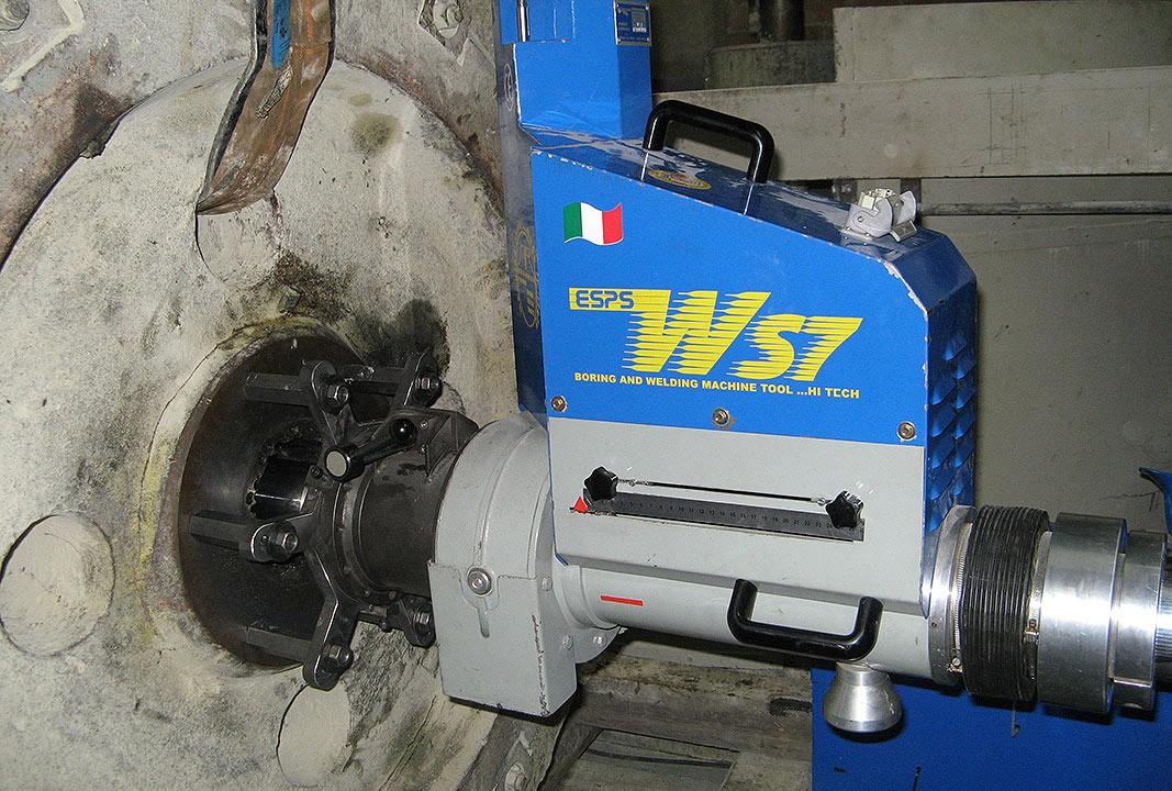 WS 7 - Ausspindeln Bohrung - Ø 200 mm x 400 mm lang
