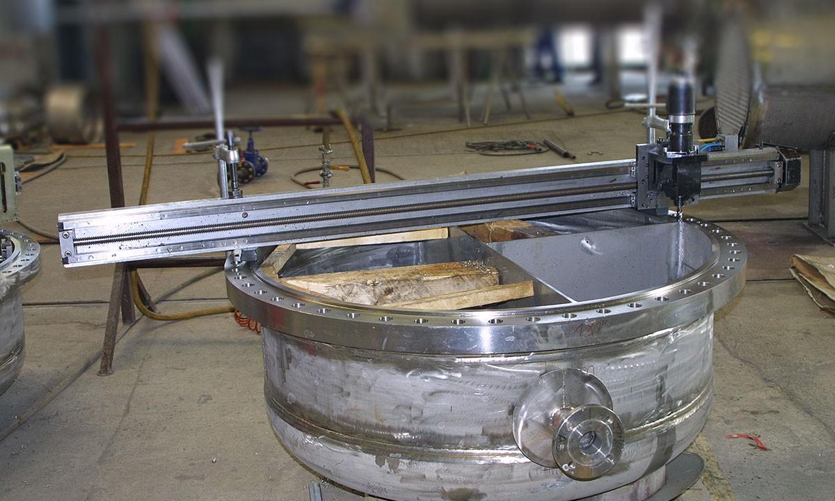 FG 2100 - Fräsen mobil Dichtstege Haube 12 mm breit x 1500 mm lang