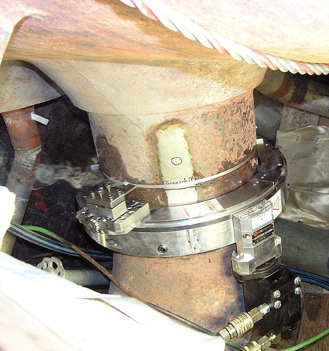 Rohrtrennen mobil - Ø außen 330mm x 55mm Wanddicke - Trennvorgang